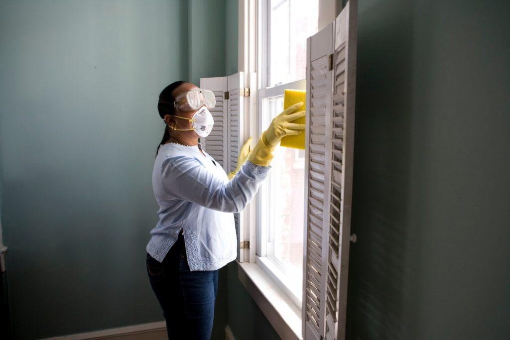 エアコンのフィルターの掃除手順