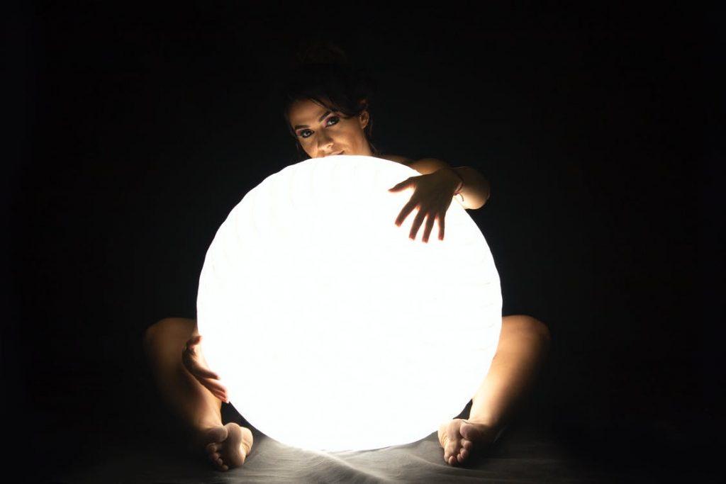 LEDが眩しい理由