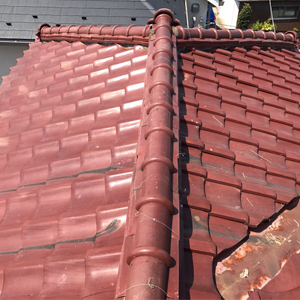 アンテナを撤去した屋根
