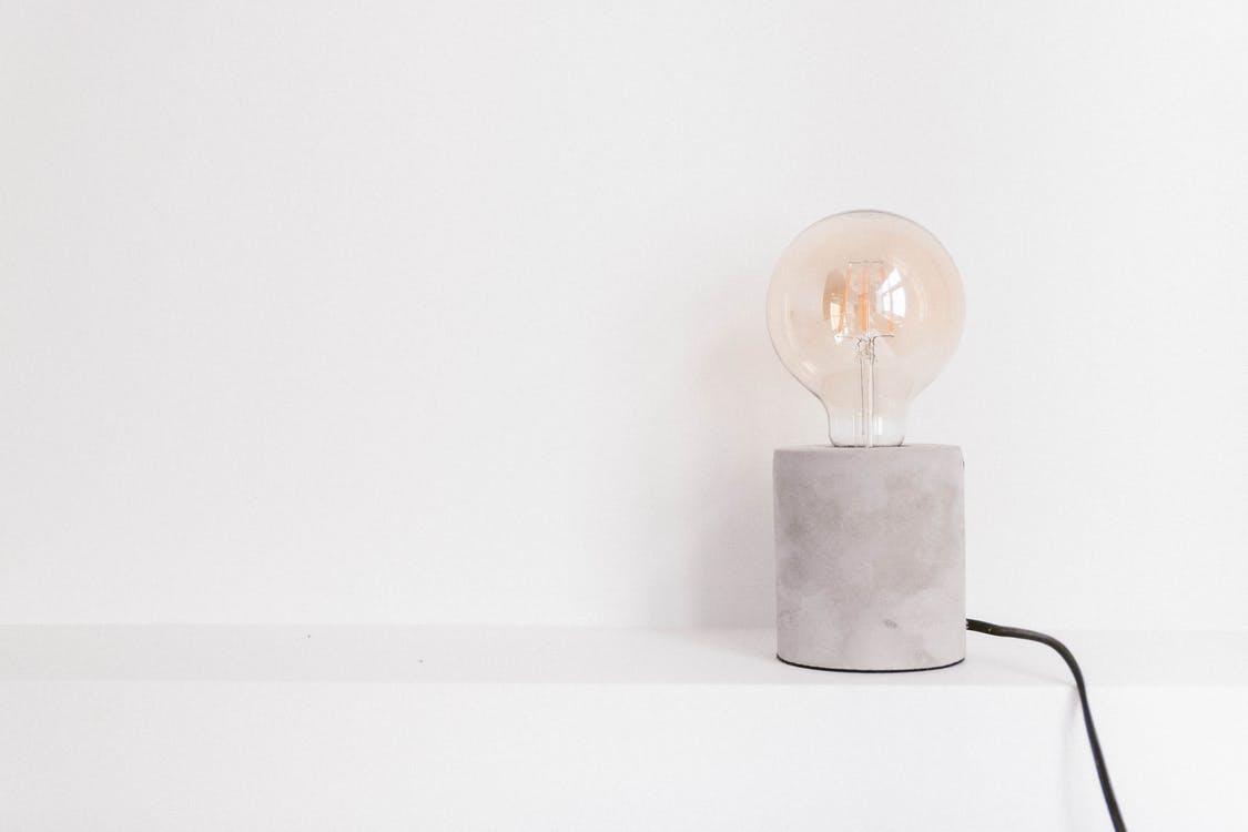 電球を交換する方法