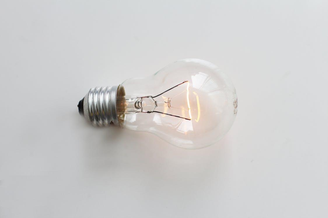 LED電球に交換すると長持ちする