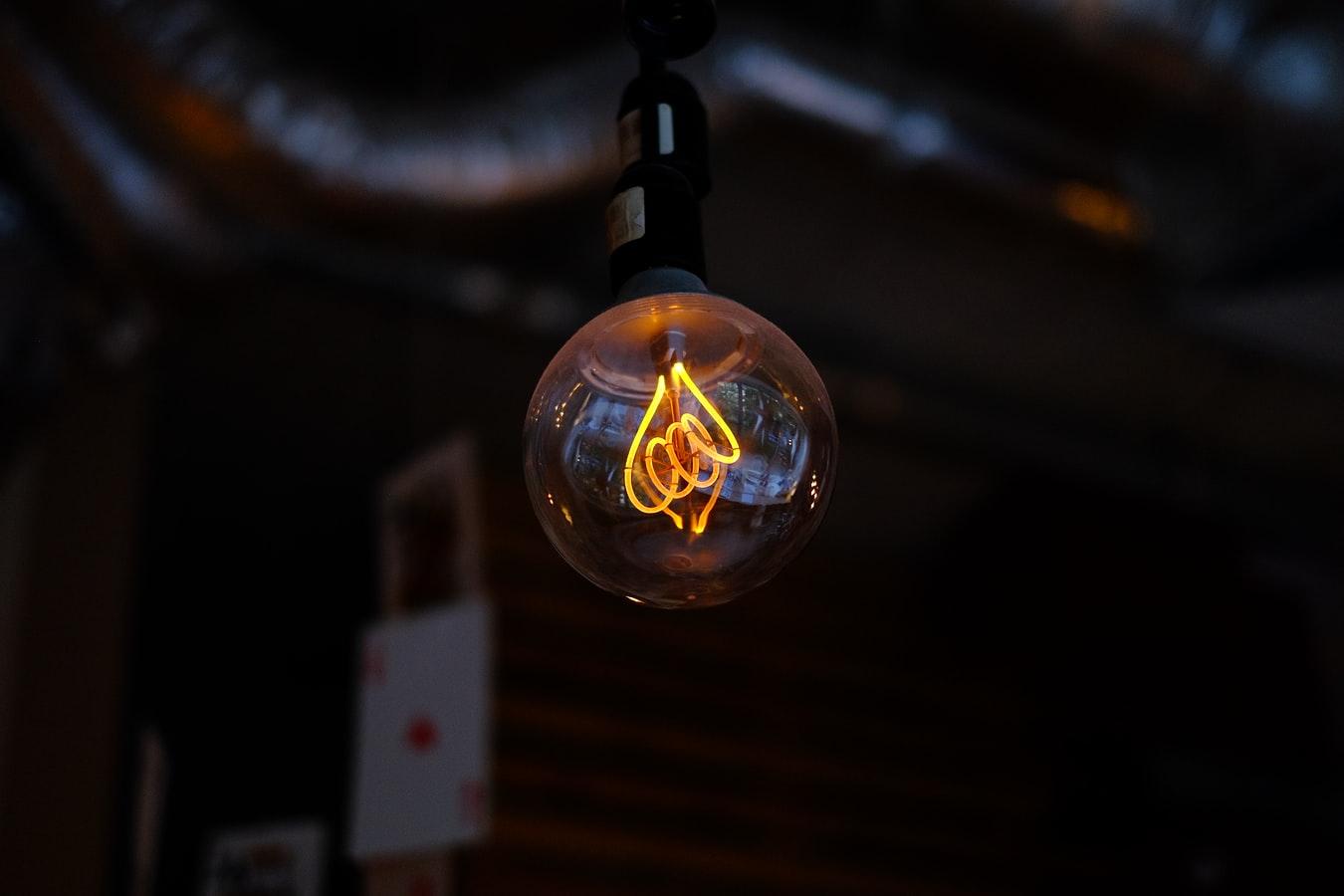 電球を長持ちさせる方法