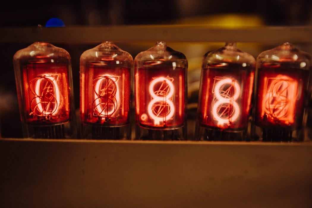 電球がすぐに切れる原因と対処法