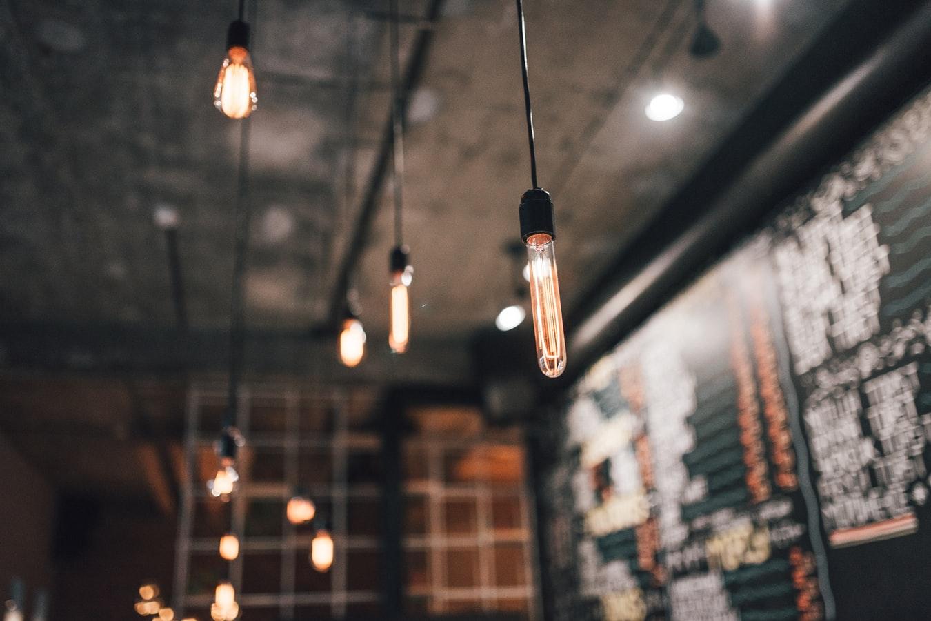 電球が劣化する原因